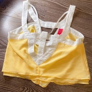 Pastel yellow Crop top size small